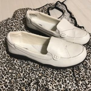 Dr Scholls White Loafers size 5.5